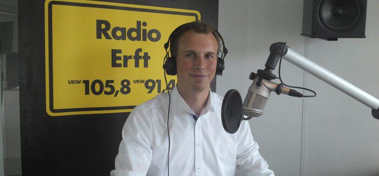 Das Bild zeigt TVA Vereinspräsident Jano Schmitz zum Interview bei Radion Erft
